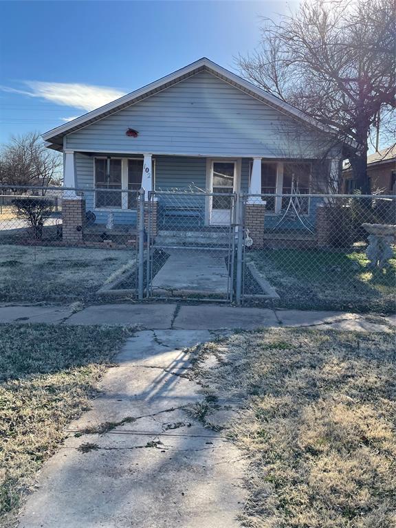 102 Ida  Avenue, Electra, Texas 76360 - Acquisto Real Estate best frisco realtor Amy Gasperini 1031 exchange expert