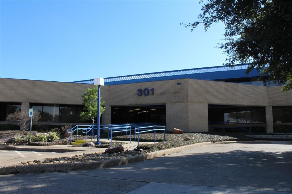 301 Sherman  Street, Richardson, Texas 75081 - Acquisto Real Estate best frisco realtor Amy Gasperini 1031 exchange expert