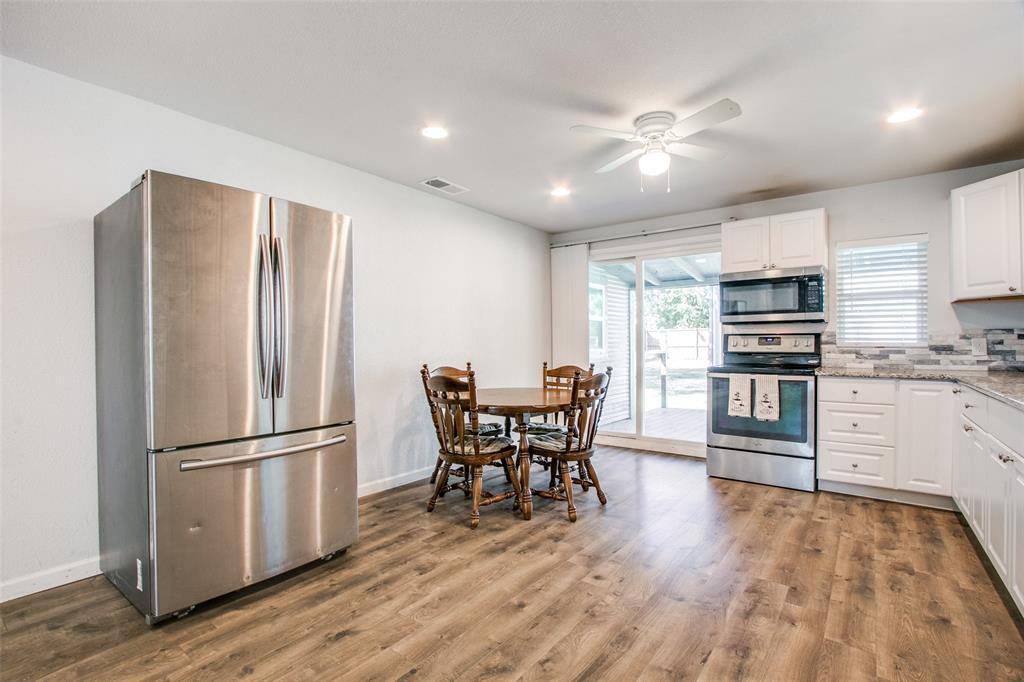 605 6th  Street, Justin, Texas 76247 - acquisto real estate best listing listing agent in texas shana acquisto rich person realtor