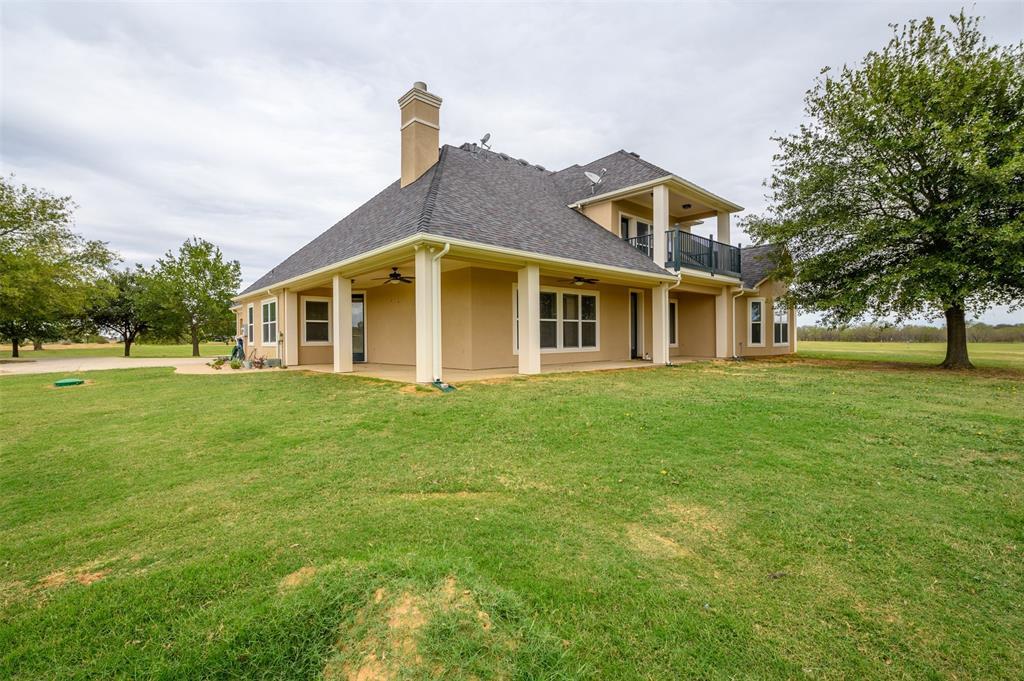 626 Scoggins  Road, Tioga, Texas 76271 - acquisto real estate best plano real estate agent mike shepherd