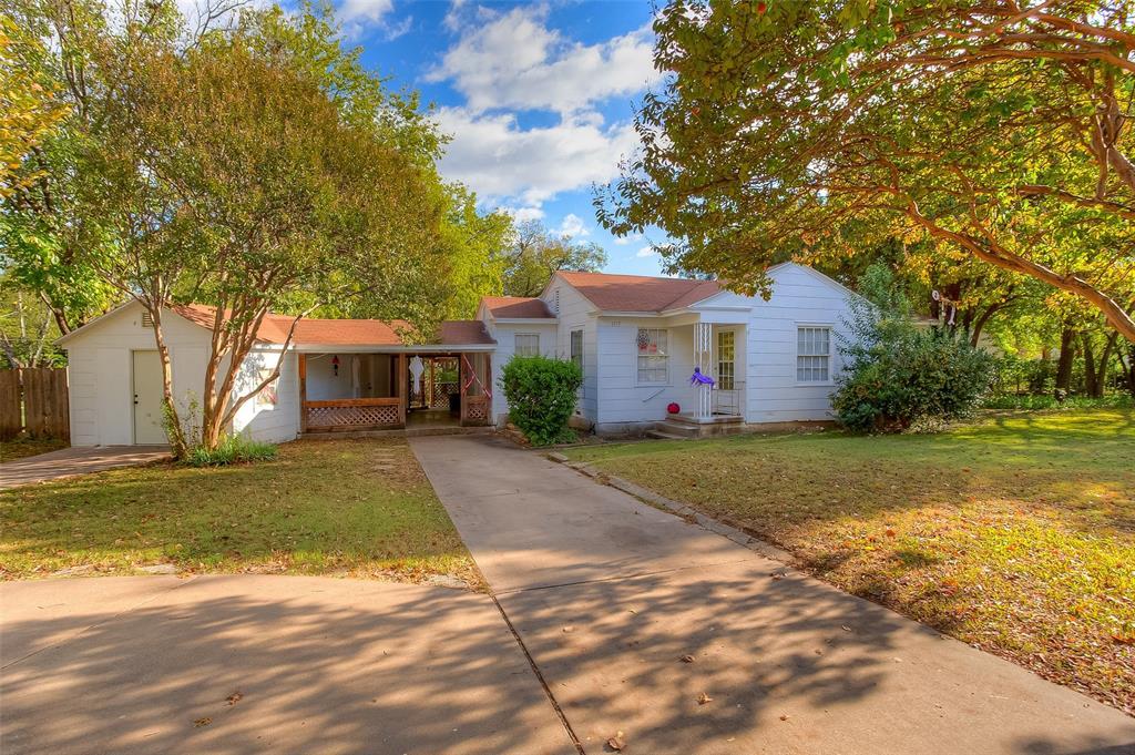 4917 Almena  River Oaks, Texas 76114 - Acquisto Real Estate best frisco realtor Amy Gasperini 1031 exchange expert