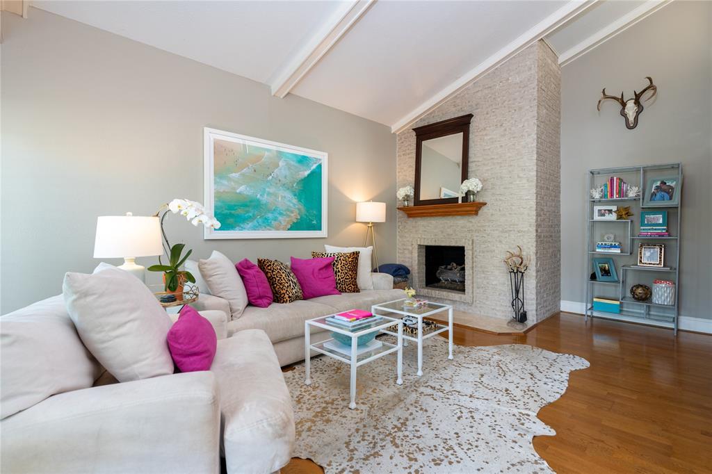 5916 Sandhurst  Lane, Dallas, Texas 75206 - Acquisto Real Estate best frisco realtor Amy Gasperini 1031 exchange expert