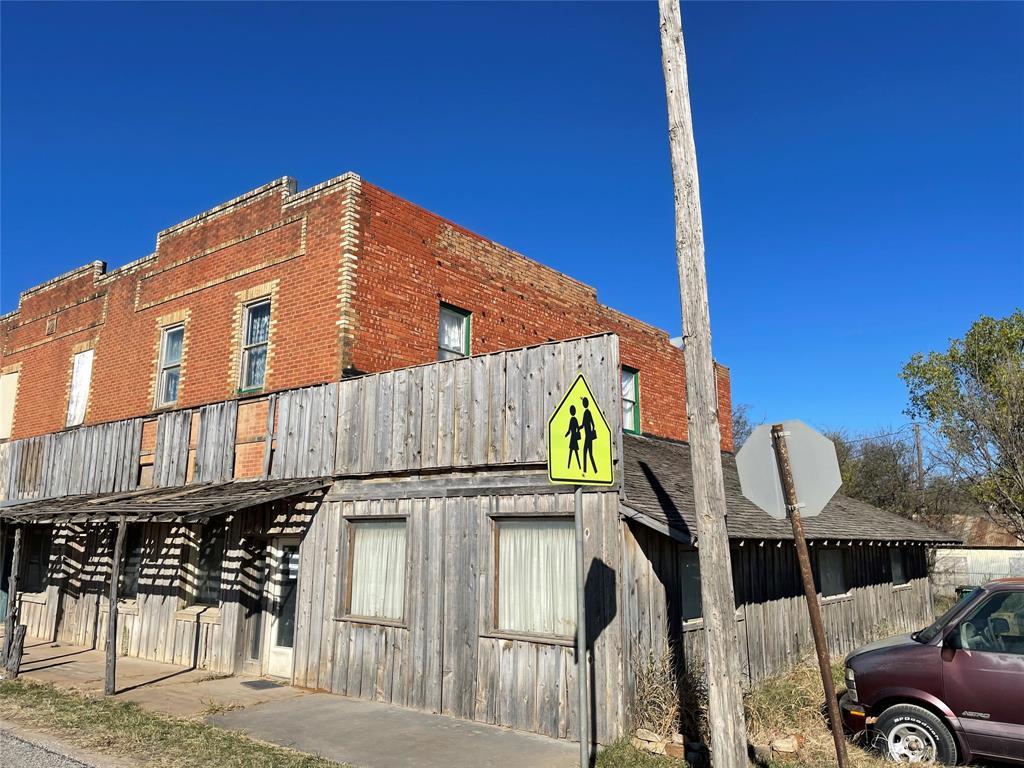 111 Dempsey  Street, Bryson, Texas 76427 - Acquisto Real Estate best frisco realtor Amy Gasperini 1031 exchange expert