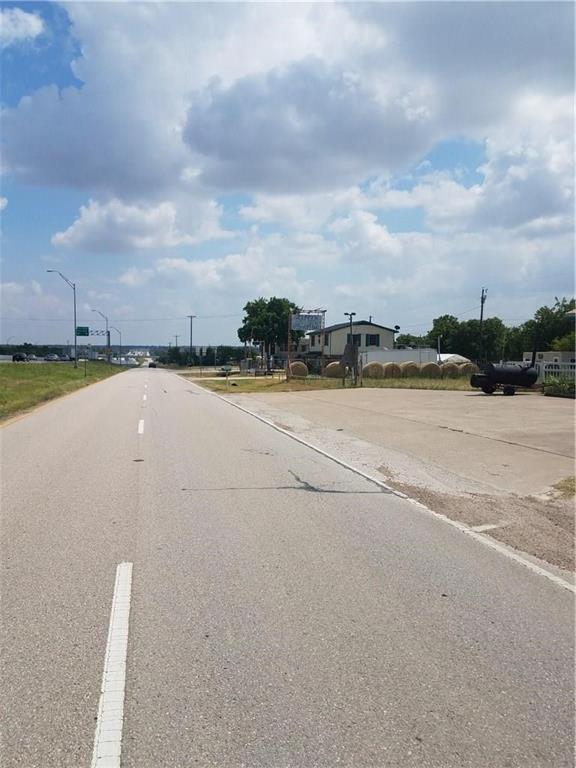 311 Interstate 35  Highway, Red Oak, Texas 75154 - Acquisto Real Estate best frisco realtor Amy Gasperini 1031 exchange expert