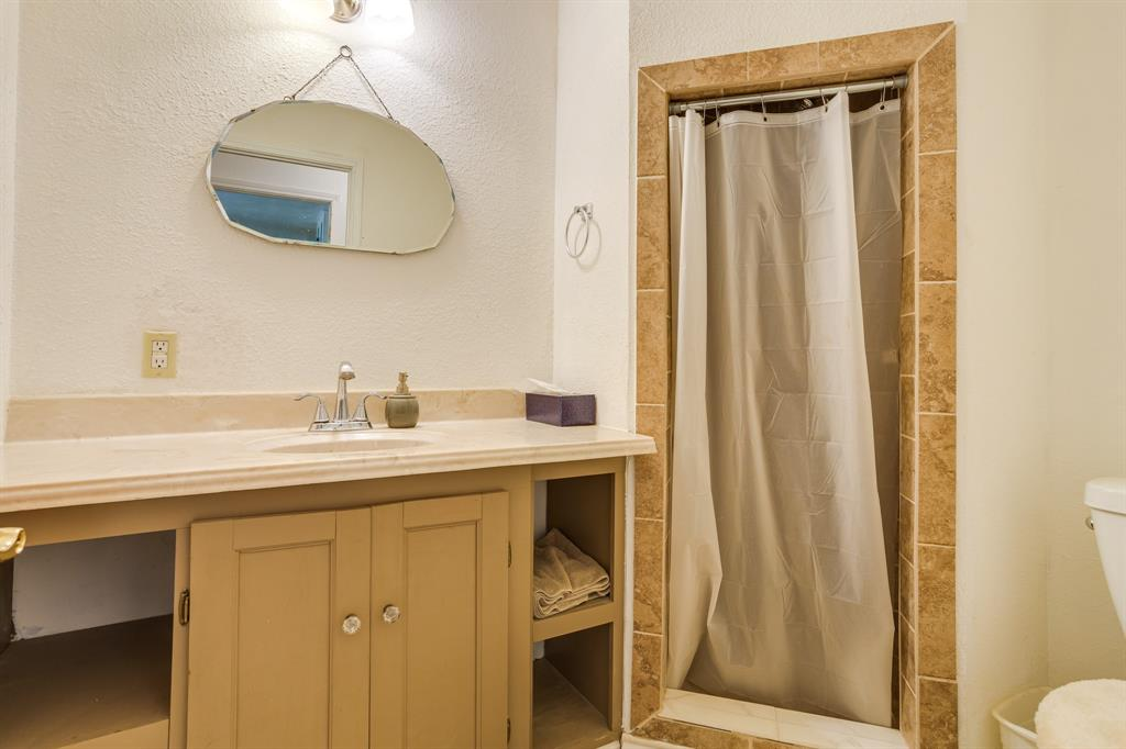 686 Spring Valley  Road, Paradise, Texas 76073 - acquisto real estate best designer and realtor hannah ewing kind realtor