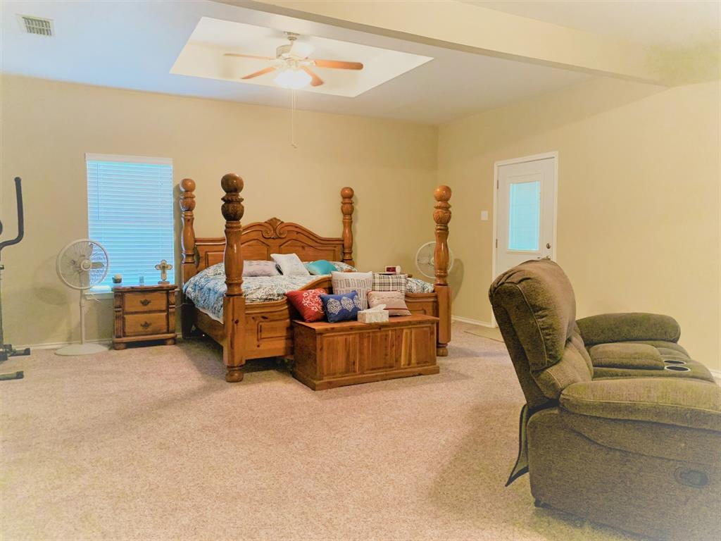 2088 County Road 1215  Savoy, Texas 75479 - acquisto real estate best realtor dallas texas linda miller agent for cultural buyers