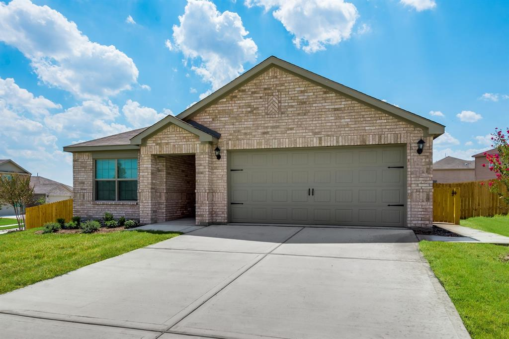 172 Cattlemans Creek  Road, Newark, Texas 76071 - Acquisto Real Estate best plano realtor mike Shepherd home owners association expert