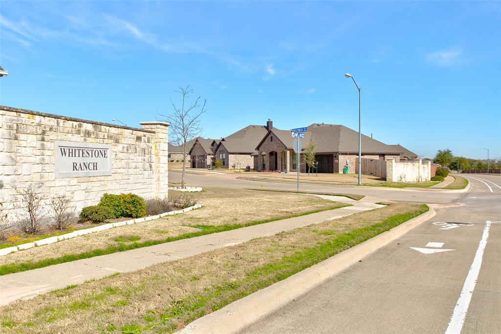 7237 Tour  Trail, Benbrook, Texas 76126 - Acquisto Real Estate best frisco realtor Amy Gasperini 1031 exchange expert