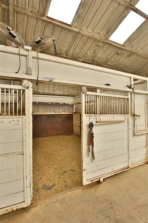 3133 HWY 36  Comanche, Texas 76442 - acquisto real estate best designer and realtor hannah ewing kind realtor