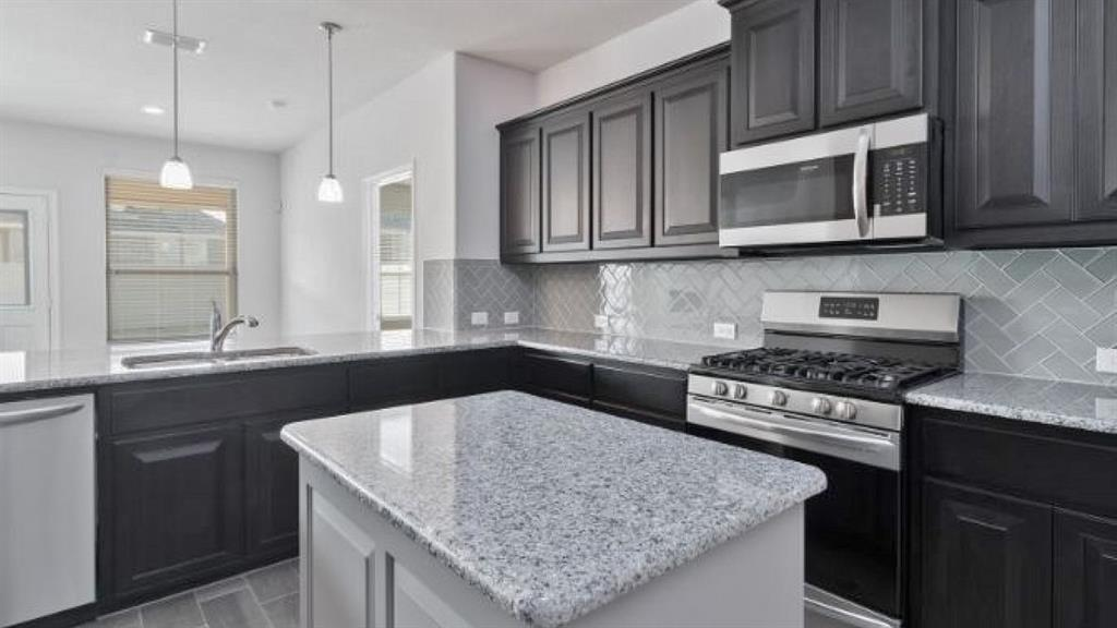 1208 KERRVILLE  Lane, Weatherford, Texas 76087 - acquisto real estate best allen realtor kim miller hunters creek expert