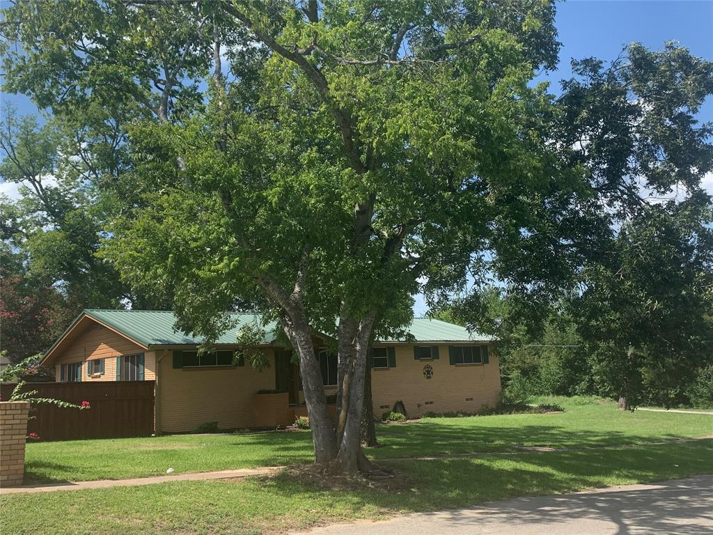 213 Smith  Street, Malakoff, Texas 75148 - Acquisto Real Estate best plano realtor mike Shepherd home owners association expert