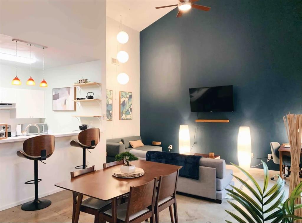 1727 Fitzhugh  Avenue, Dallas, Texas 75204 - Acquisto Real Estate best frisco realtor Amy Gasperini 1031 exchange expert