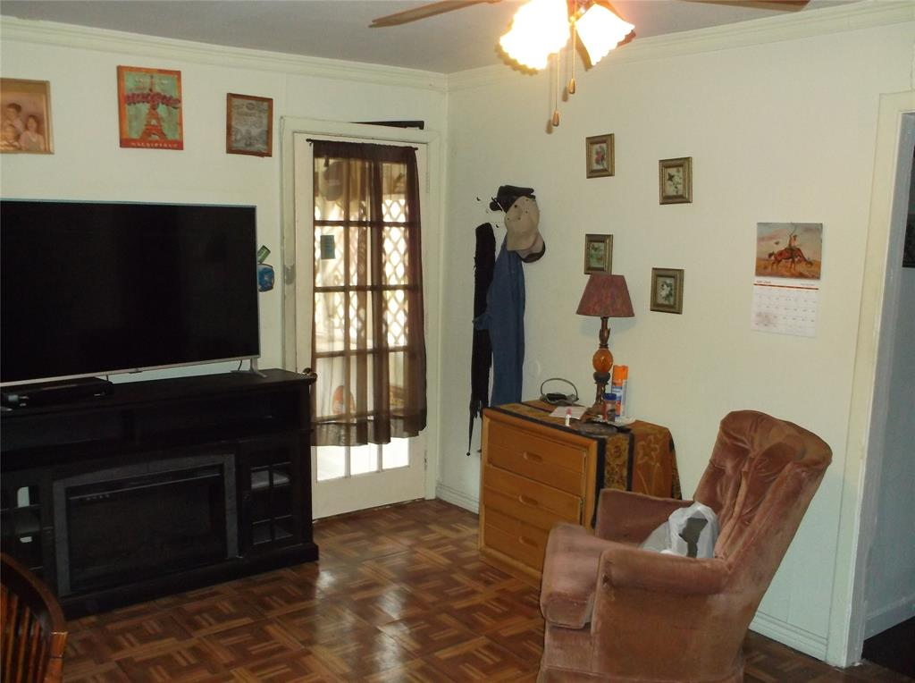 107 11th  Street, Kemp, Texas 75143 - acquisto real estate best prosper realtor susan cancemi windfarms realtor