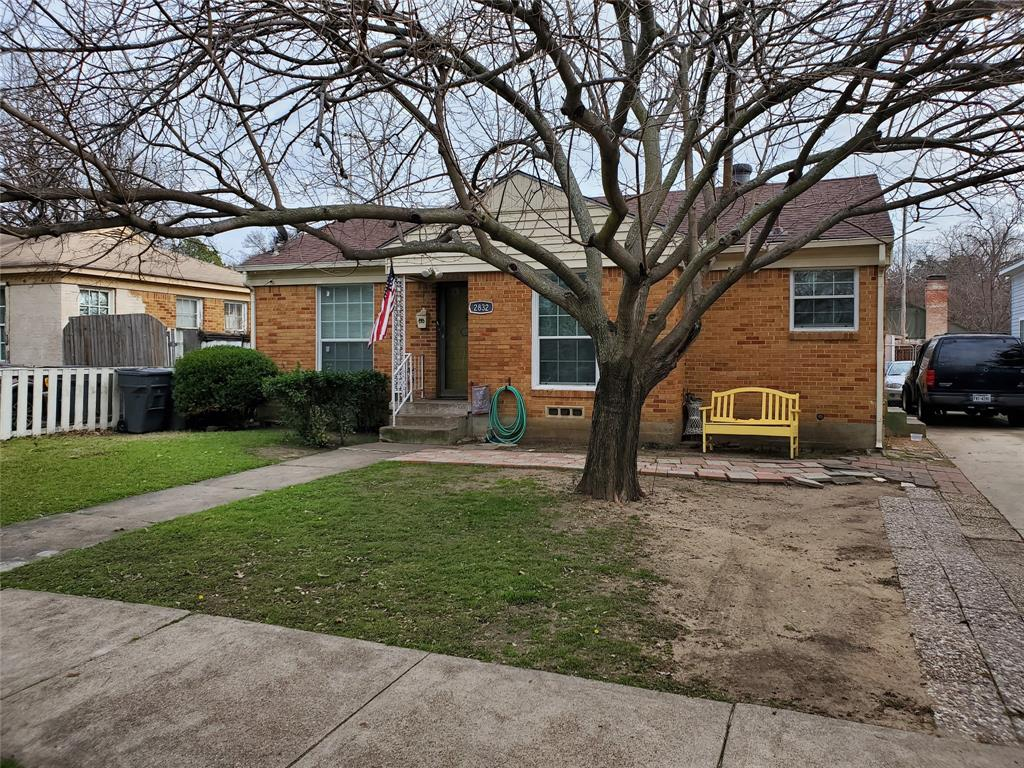 2832 Hedgerow  Drive, Dallas, Texas 75235 - acquisto real estate best investor home specialist mike shepherd relocation expert