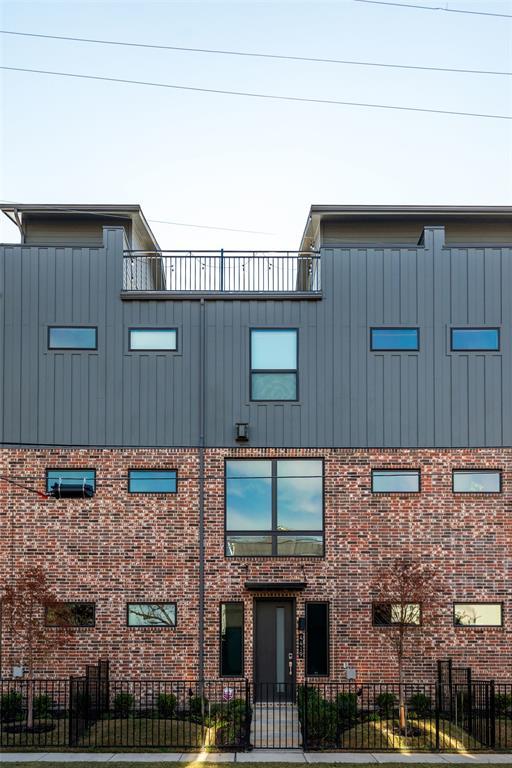 4419 Viburnum  Drive, Dallas, Texas 75204 - Acquisto Real Estate best frisco realtor Amy Gasperini 1031 exchange expert