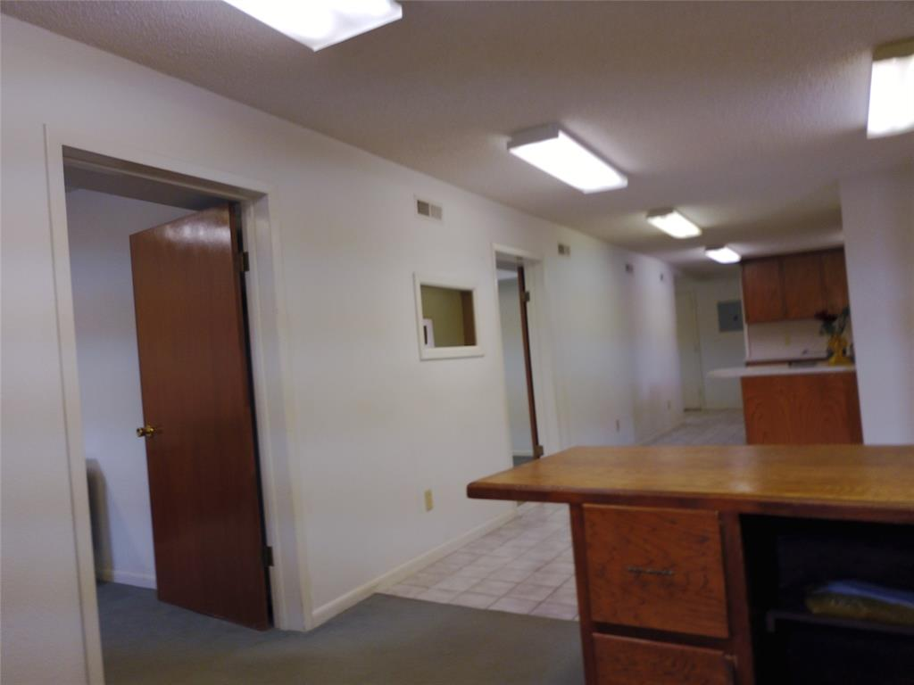 711 Walker  Street, Breckenridge, Texas 76424 - acquisto real estate best photo company frisco 3d listings