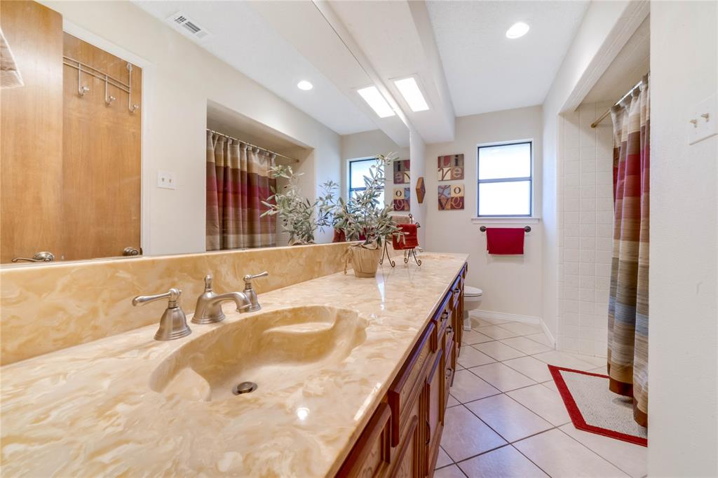 324 Shady Brook  Lane, Cedar Hill, Texas 75104 - acquisto real estate best realtor dallas texas linda miller agent for cultural buyers