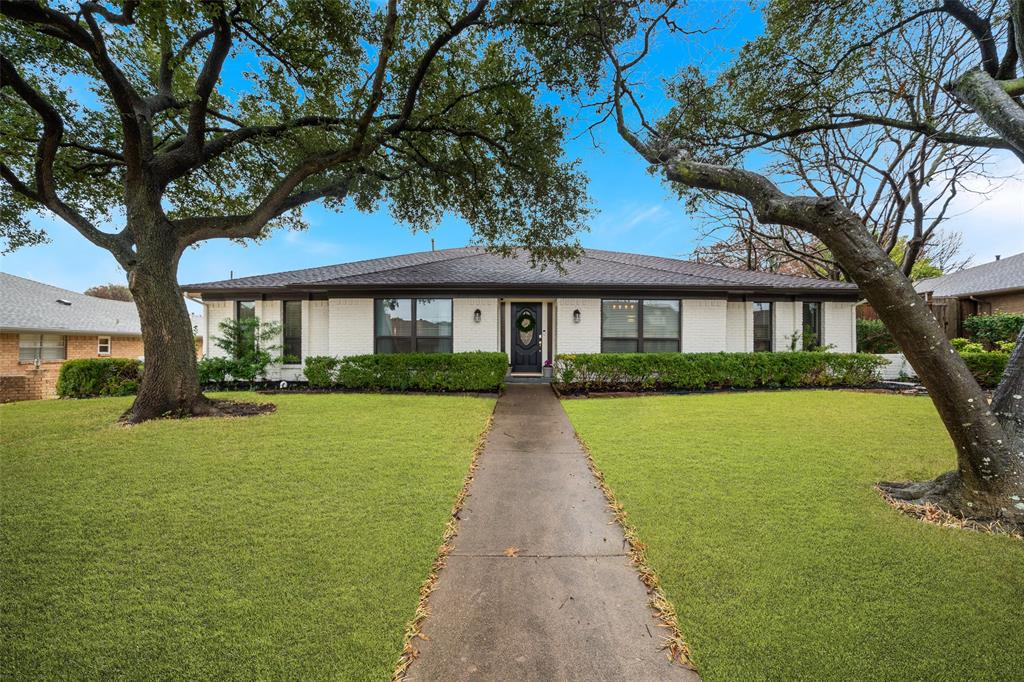 13 Walnut Creek  Place, Richardson, Texas 75080 - Acquisto Real Estate best frisco realtor Amy Gasperini 1031 exchange expert
