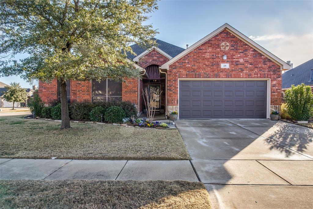 25 Beechcreek  Drive, Edgecliff Village, Texas 76134 - Acquisto Real Estate best frisco realtor Amy Gasperini 1031 exchange expert