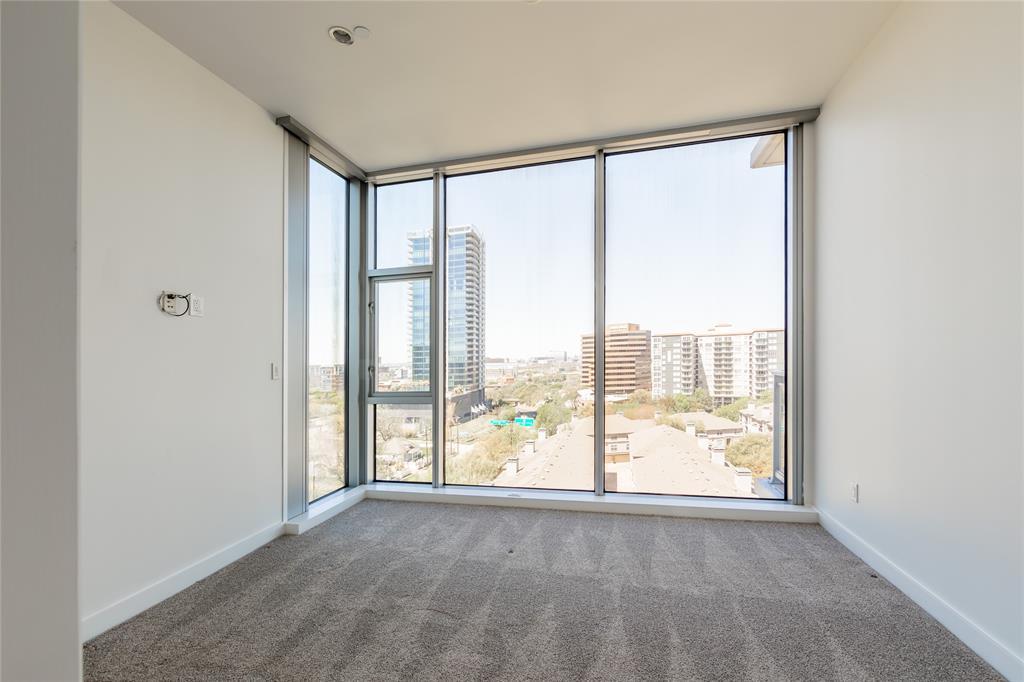 2900 Mckinnon  Street, Dallas, Texas 75201 - acquisto real estate best frisco real estate agent amy gasperini panther creek realtor