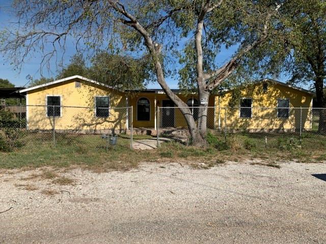 648 Hazel  Street, La Pryor, Texas 78872 - Acquisto Real Estate best frisco realtor Amy Gasperini 1031 exchange expert