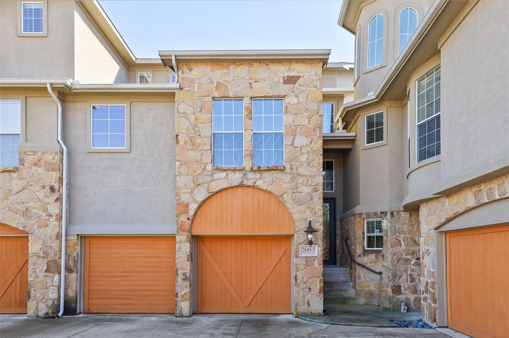 2645 Villa Di Lago  5, Grand Prairie, Texas 75054 - Acquisto Real Estate best frisco realtor Amy Gasperini 1031 exchange expert