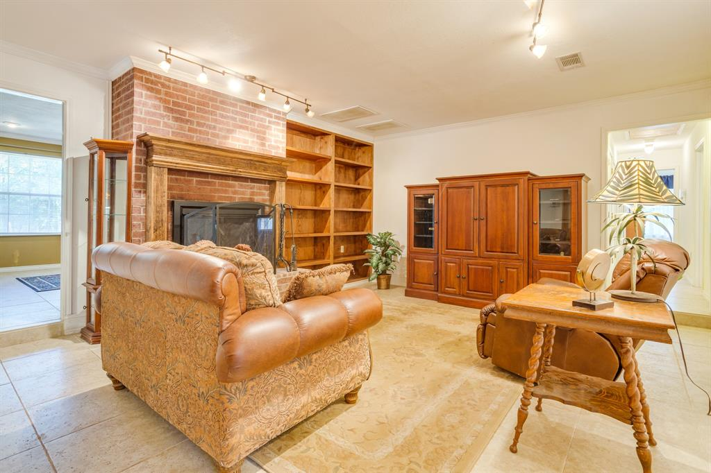 686 Spring Valley  Road, Paradise, Texas 76073 - acquisto real estate best the colony realtor linda miller the bridges real estate