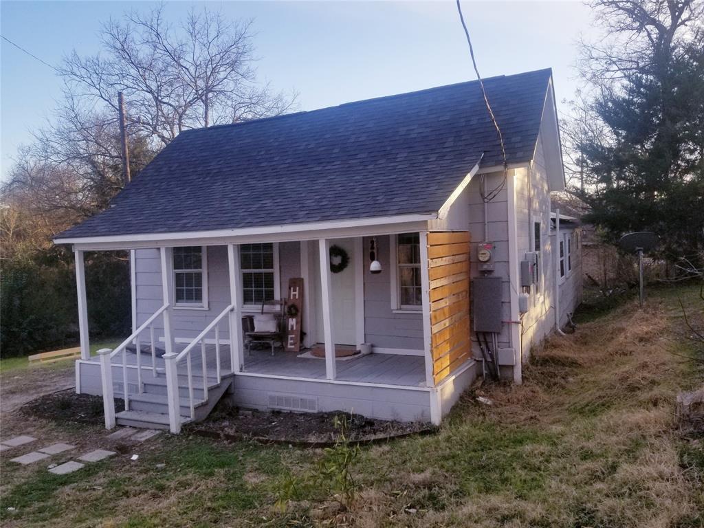 204 Frierson  Street, Waxahachie, Texas 75165 - Acquisto Real Estate best frisco realtor Amy Gasperini 1031 exchange expert