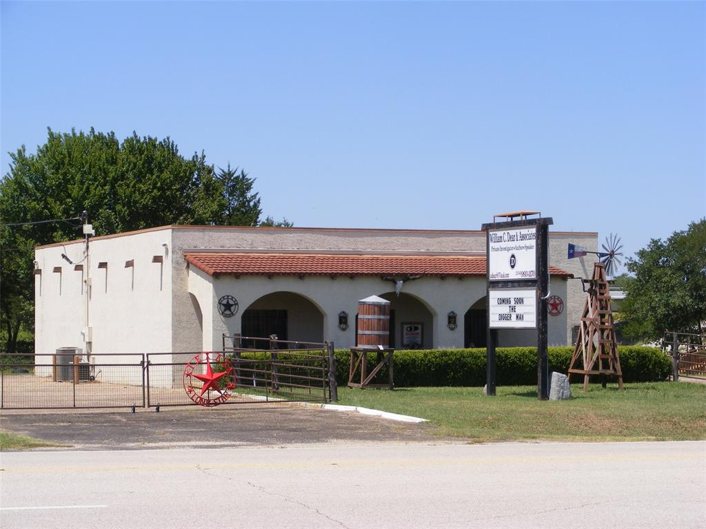 204 St Hwy 31 Business  Mount Calm, Texas 76673 - Acquisto Real Estate best frisco realtor Amy Gasperini 1031 exchange expert