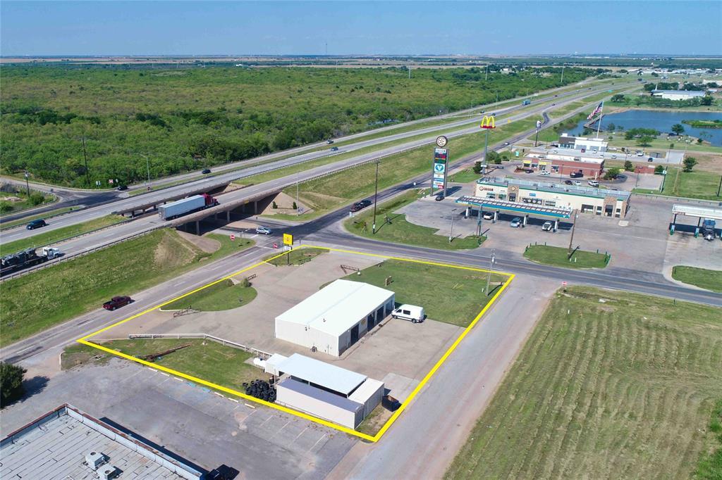 501 Access  Road, Iowa Park, Texas 76367 - Acquisto Real Estate best frisco realtor Amy Gasperini 1031 exchange expert