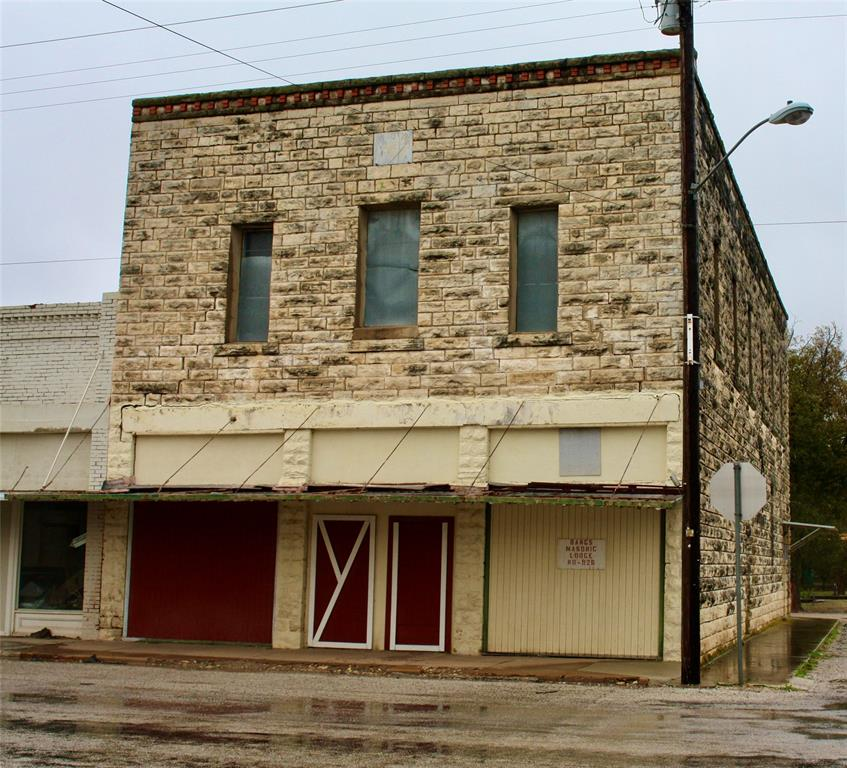 100 1st  Street, Bangs, Texas 76823 - Acquisto Real Estate best frisco realtor Amy Gasperini 1031 exchange expert