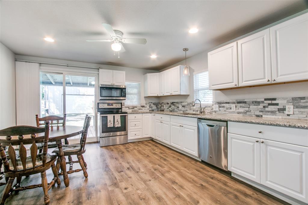 605 6th  Street, Justin, Texas 76247 - acquisto real estate best luxury buyers agent in texas shana acquisto inheritance realtor