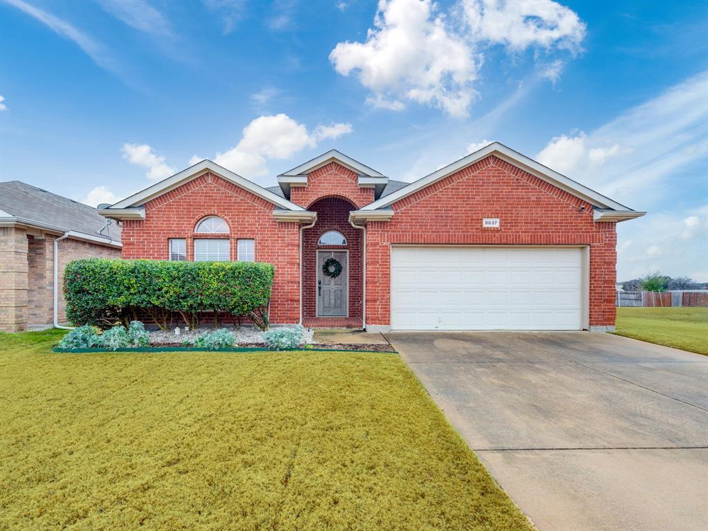 9637 Minton  Drive, Fort Worth, Texas 76108 - Acquisto Real Estate best frisco realtor Amy Gasperini 1031 exchange expert