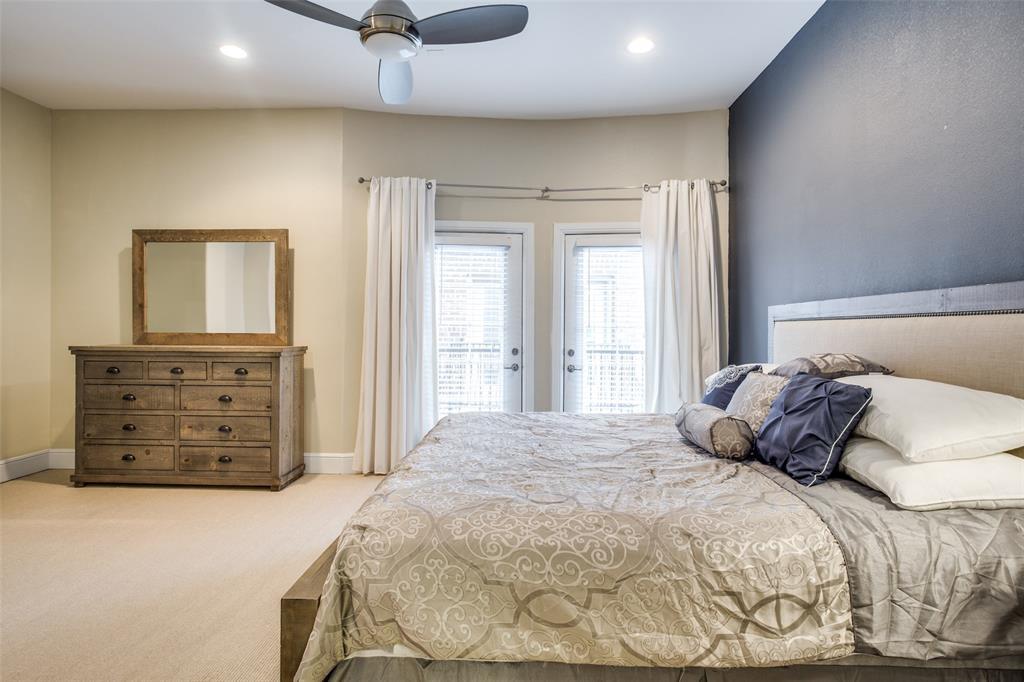 3200 Ross  Avenue, Dallas, Texas 75204 - acquisto real estate best photos for luxury listings amy gasperini quick sale real estate