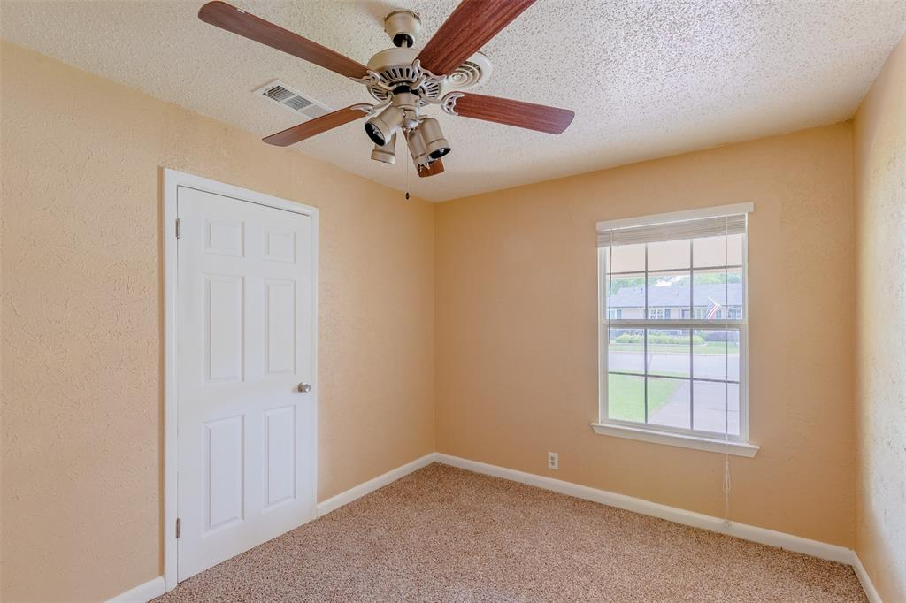 5209 Mallory  Drive, Haltom City, Texas 76117 - acquisto real estate best new home sales realtor linda miller executor real estate