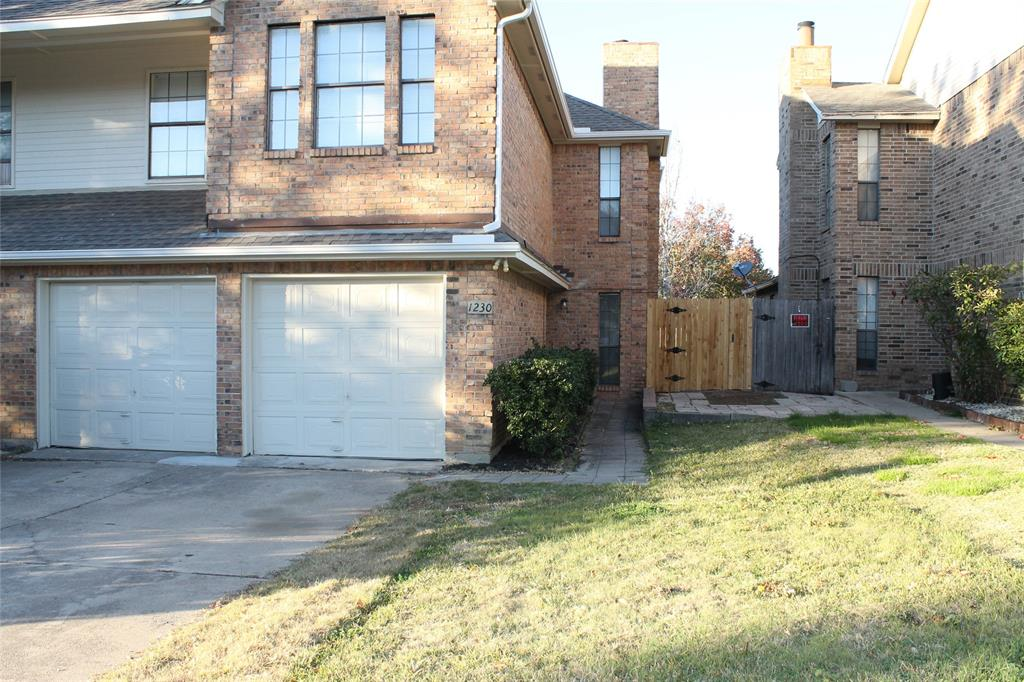 1230 Hudgins  Street, Grapevine, Texas 76051 - Acquisto Real Estate best frisco realtor Amy Gasperini 1031 exchange expert