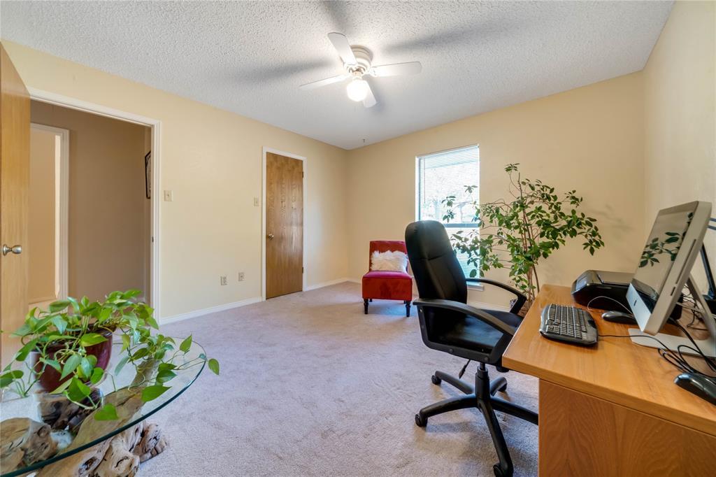 324 Shady Brook  Lane, Cedar Hill, Texas 75104 - acquisto real estate best realtor westlake susan cancemi kind realtor of the year