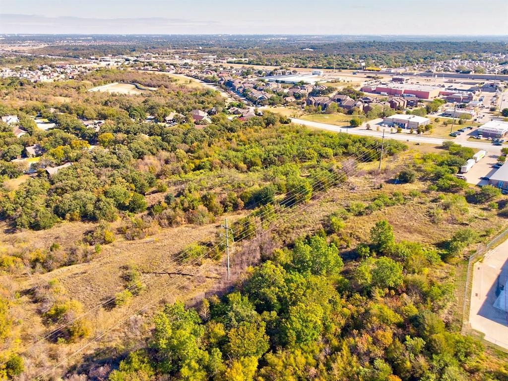1000 Bridgewood  Drive, Fort Worth, Texas 76112 - Acquisto Real Estate best frisco realtor Amy Gasperini 1031 exchange expert