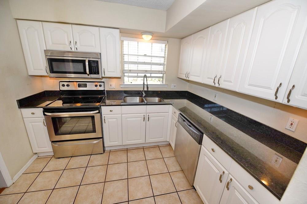 4033 Gilbert  Avenue, Dallas, Texas 75219 - Acquisto Real Estate best frisco realtor Amy Gasperini 1031 exchange expert