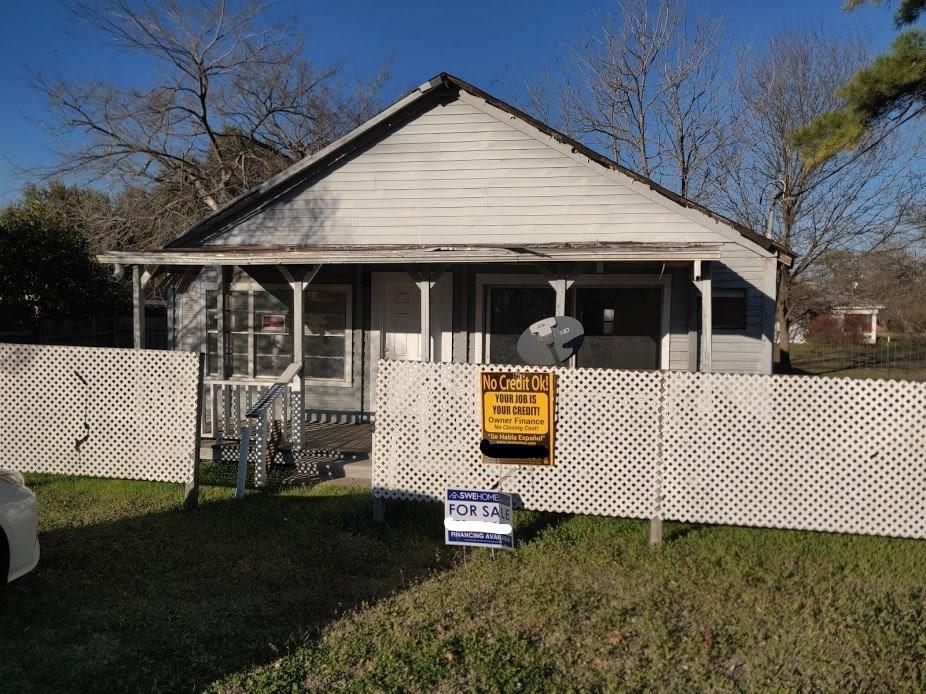 302 Jackson  Street, Kosse, Texas 76653 - Acquisto Real Estate best frisco realtor Amy Gasperini 1031 exchange expert