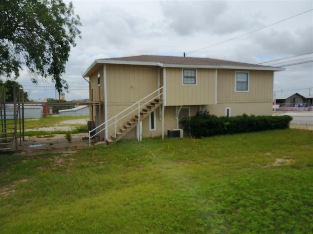 711 Walker  Street, Breckenridge, Texas 76424 - acquisto real estate best listing agent in the nation shana acquisto estate realtor