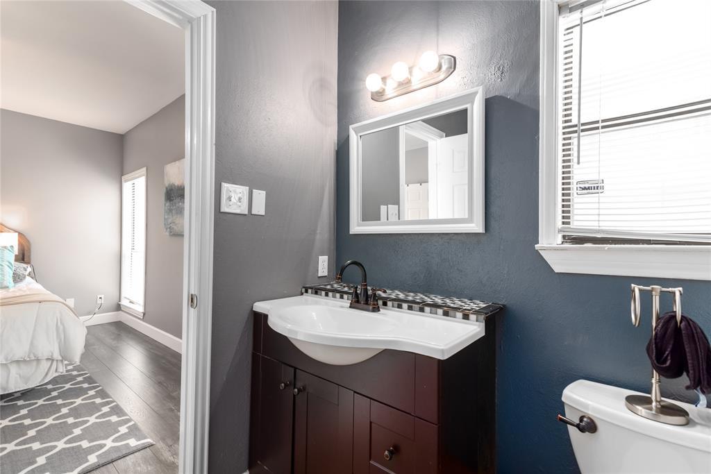 5620 Live Oak  Street, Dallas, Texas 75206 - acquisto real estate best listing agent in the nation shana acquisto estate realtor