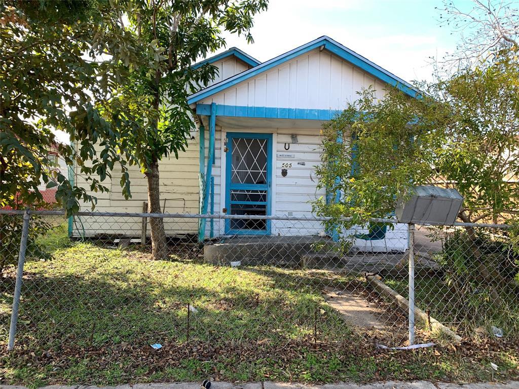 505 Pueblo  Street, Corpus Christi, Texas 78405 - Acquisto Real Estate best frisco realtor Amy Gasperini 1031 exchange expert