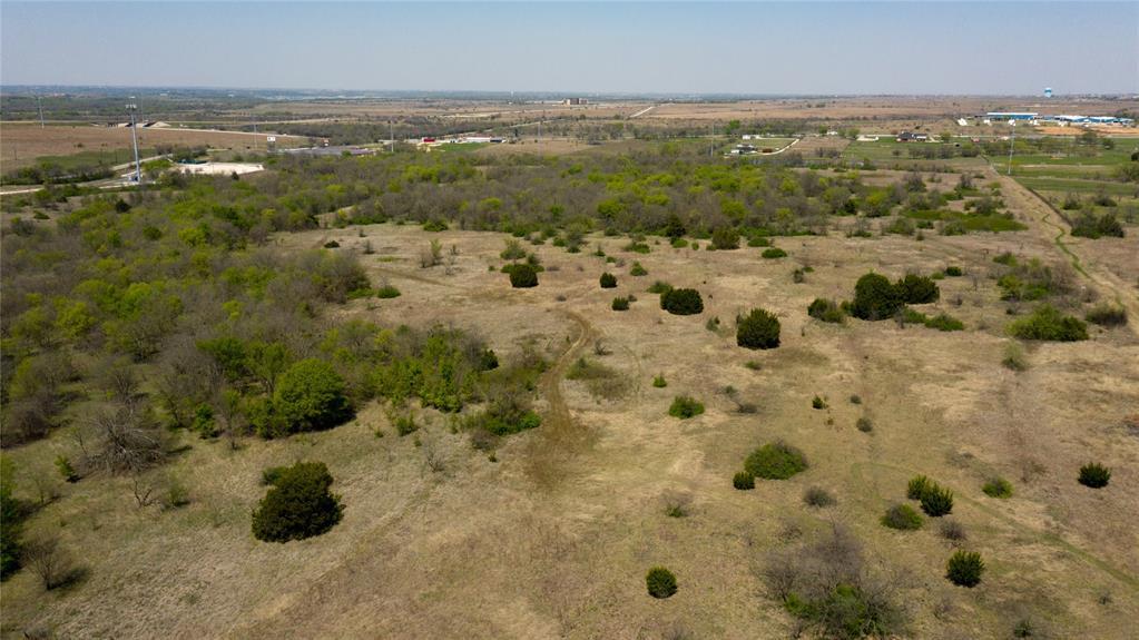 2900 Floyd Hampton  Road, Fort Worth, Texas 76036 - Acquisto Real Estate best frisco realtor Amy Gasperini 1031 exchange expert