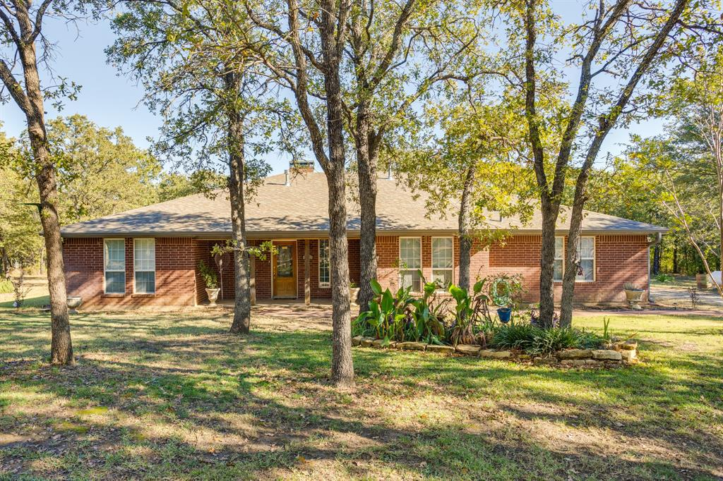 686 Spring Valley  Road, Paradise, Texas 76073 - Acquisto Real Estate best plano realtor mike Shepherd home owners association expert