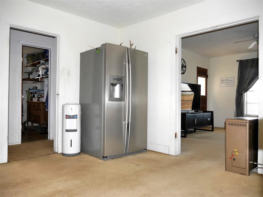 1829 County Road 402  Hamilton, Texas 76531 - acquisto real estate best celina realtor logan lawrence best dressed realtor