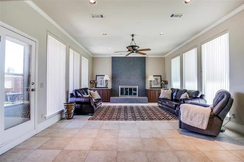 6033 Daven Oaks  Drive, Dallas, Texas 75248 - Acquisto Real Estate best frisco realtor Amy Gasperini 1031 exchange expert