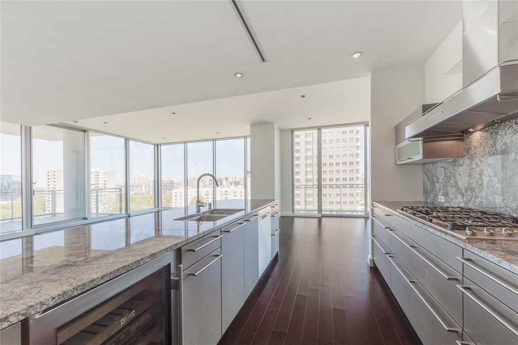 2900 Mckinnon  Street, Dallas, Texas 75201 - acquisto real estate best prosper realtor susan cancemi windfarms realtor