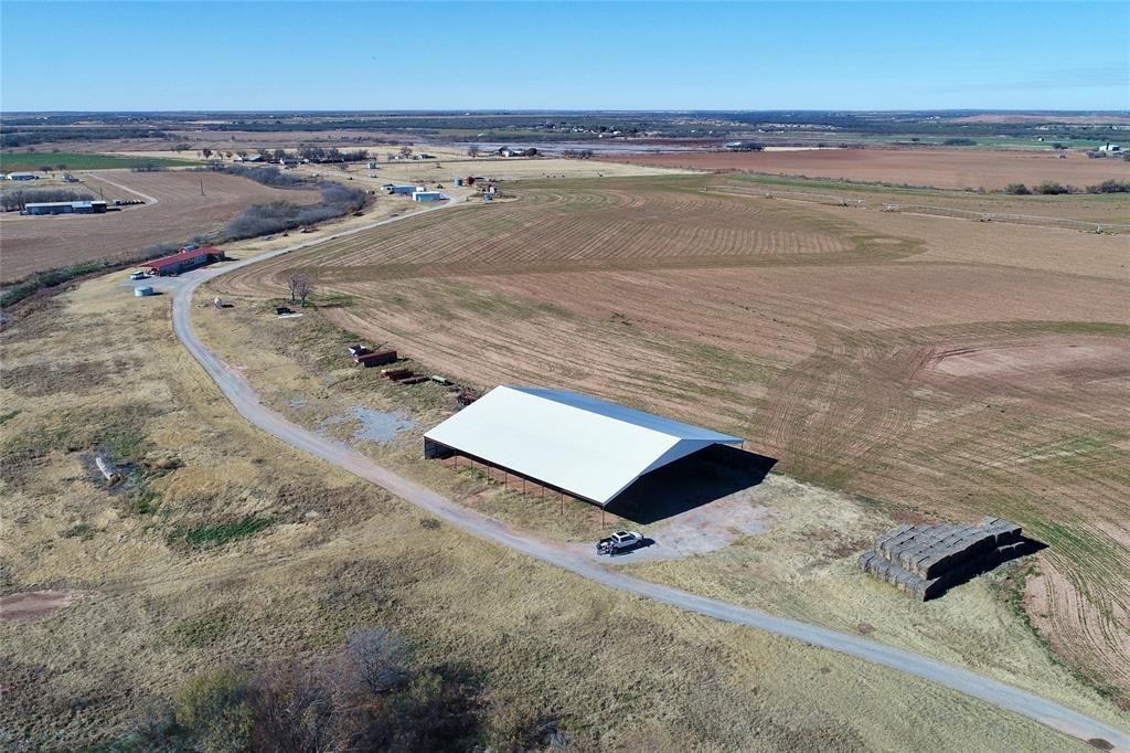 2865 Watts  Road, Iowa Park, Texas 76367 - Acquisto Real Estate best frisco realtor Amy Gasperini 1031 exchange expert