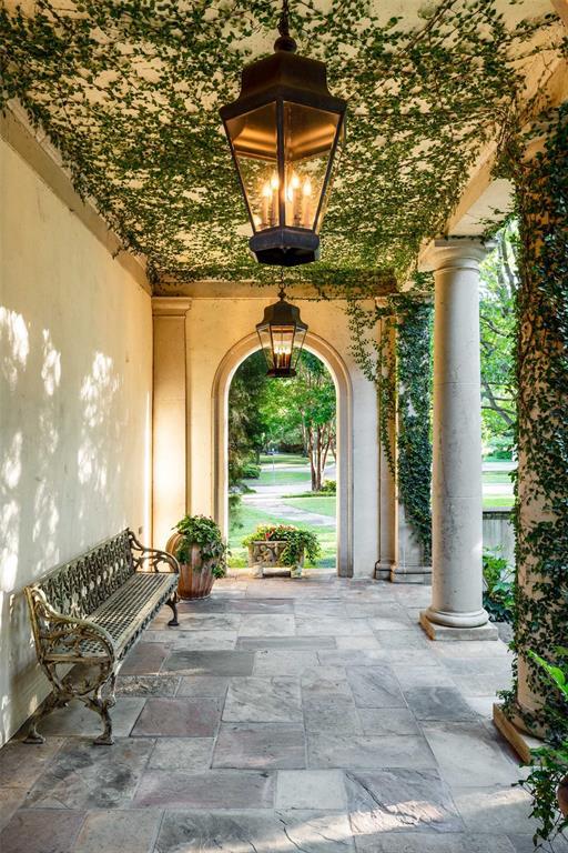 4300 Armstrong  Parkway, Highland Park, Texas 75205 - acquisto real estate best allen realtor kim miller hunters creek expert